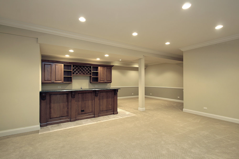 website basement with wet bar.jpeg
