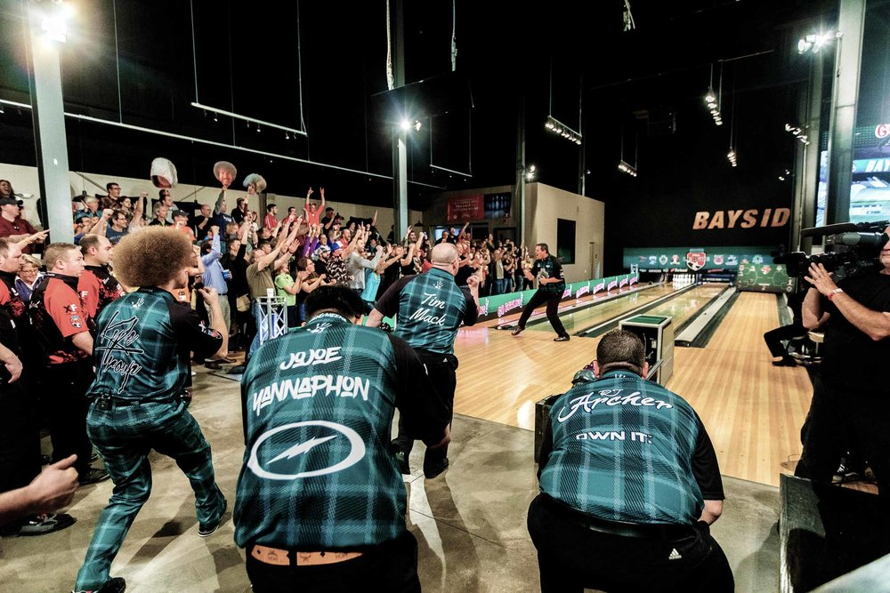 Professional team, The Lumberjacks, cheering on teammate Wes Mallott at Bayside Bowl