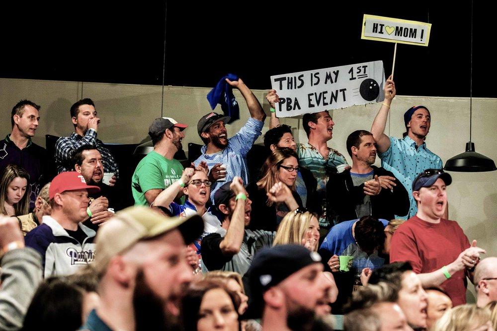 crowd-2-web.jpg