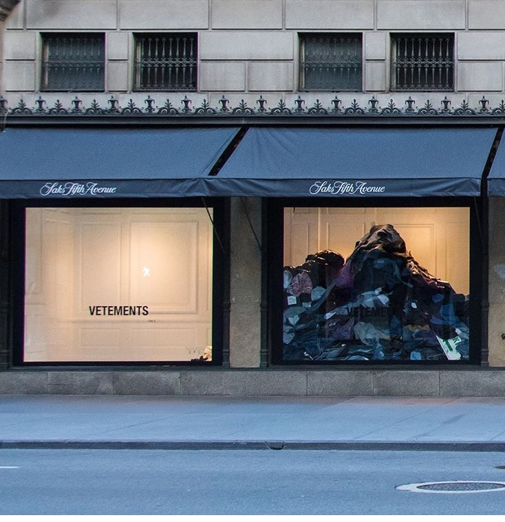 Vetements - the French apparel brand found in 2009 by designer #DemnaGvasalia - collaborated with @saksfifthavenue. In an ode to overconsumption in fashion, Vetements turned a pile of  clothing donations from S5A employees, out-of-stock merch, hangers, shoes and street signs into an art installation that resembles my laundry ritual.