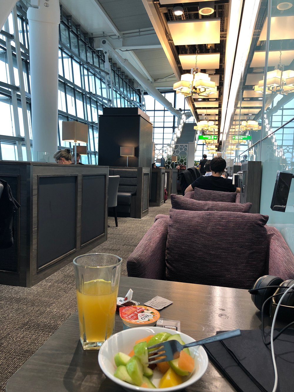 PriorityPass lounge at London Heathrow Airport. Nov. 2018.