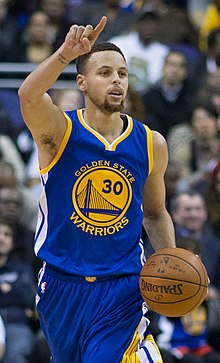 220px-Stephen_Curry_dribbling_2016_(cropped).jpg