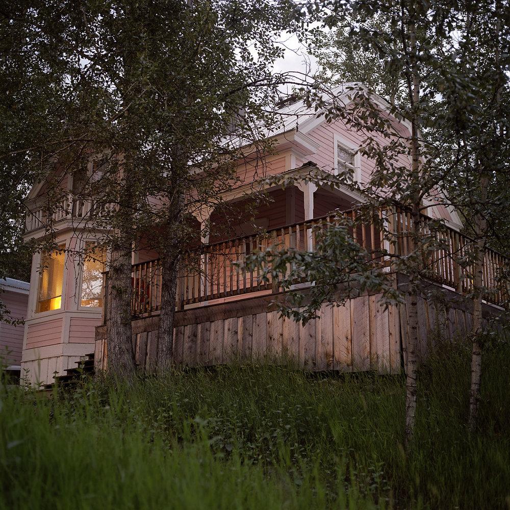 Pink House_v01.jpg