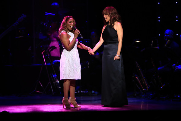 Rosie+Perez+2nd+Annual+Voices+Voiceless+Stars+chtgemBFdI4l.jpg