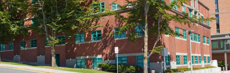 Medical Office Building  1330 Rockefeller Avenue Everett, WA 98201 Phone: 425-259-0966