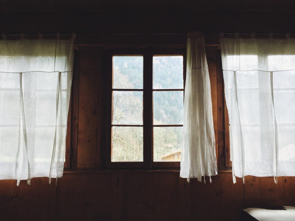 windowcurtains.jpg