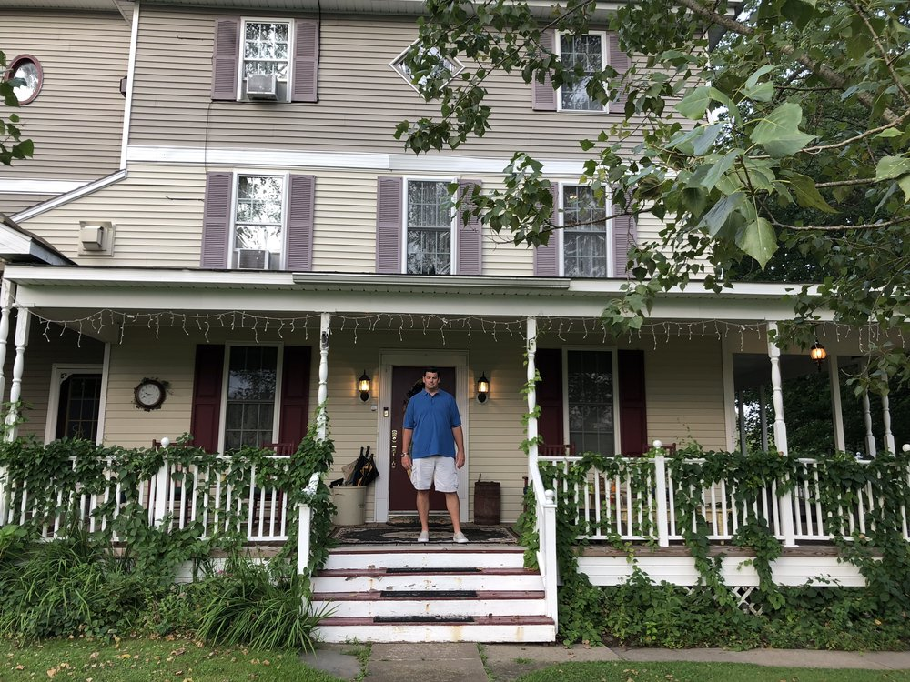 We Stayed At The Cutest Little Bed And Breakfast, The Cranberry Manor, In  East Stroudsburg, PA. It Reminded Me Of The Lorelaiu0027s House In Gilmore  Girls!