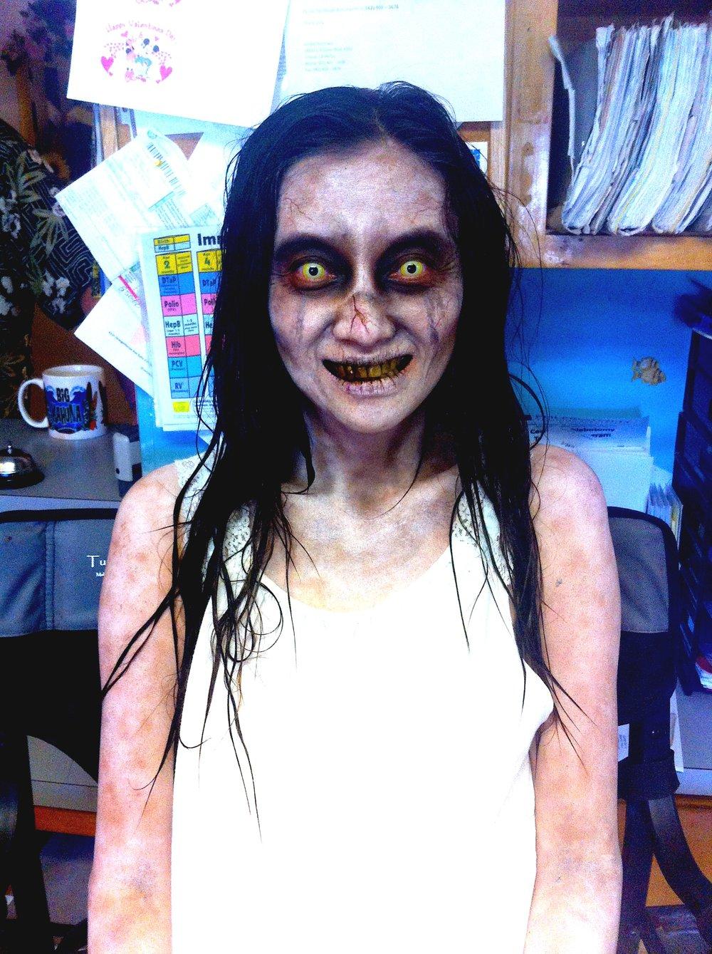 Dead girl makeup by Hannah Sherer.