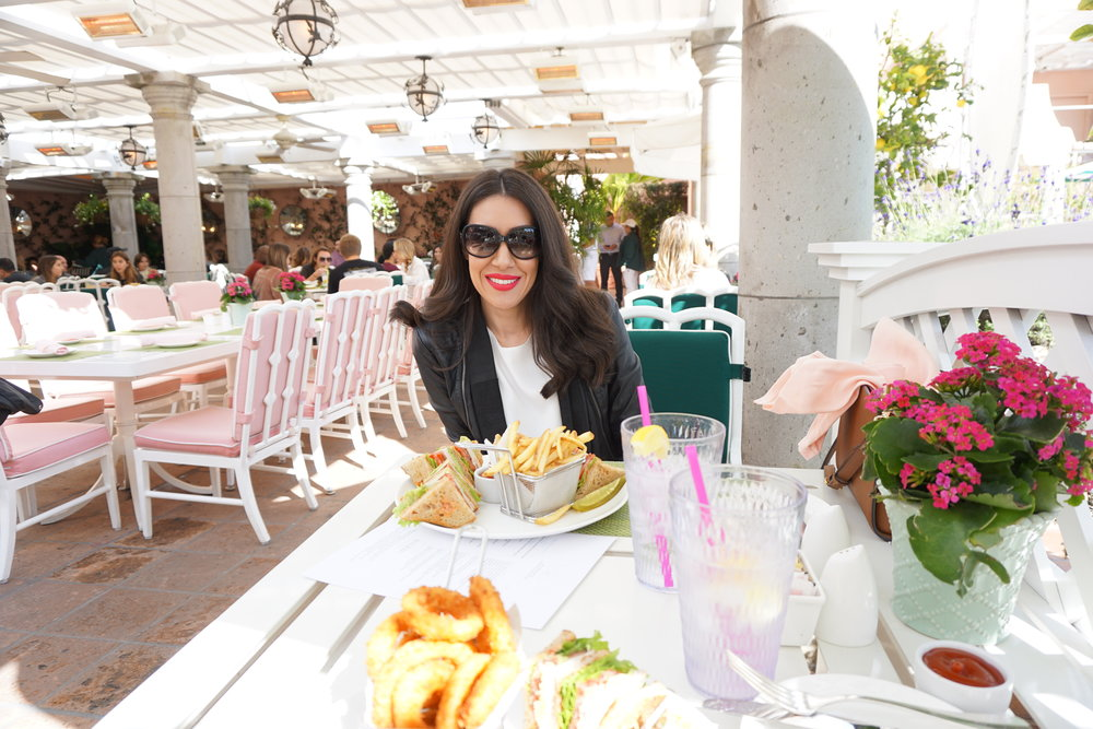 Source:  Lisa Raciti // Cabana Cafe lunching at The Beverly Hills Hotel