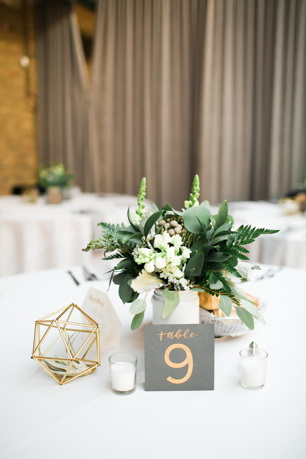 Floral centerpiece and calligraphy by Grace Niu, photo by  Mayden Photography