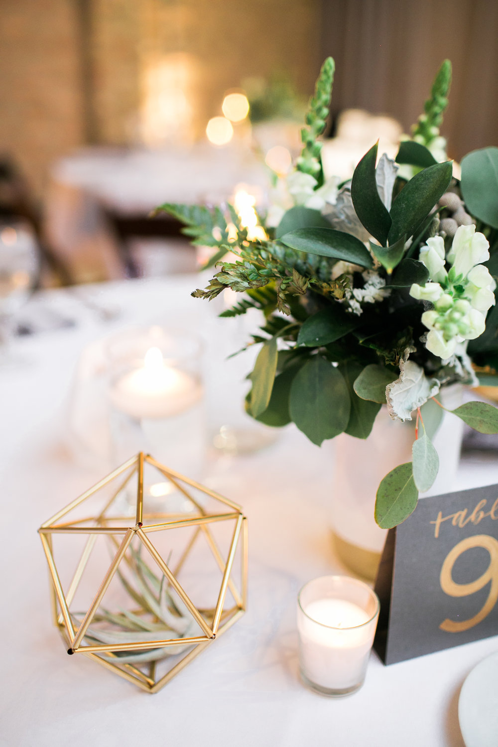 Decor, florals and calligraphy by Grace Niu, photo by  Mayden Photography
