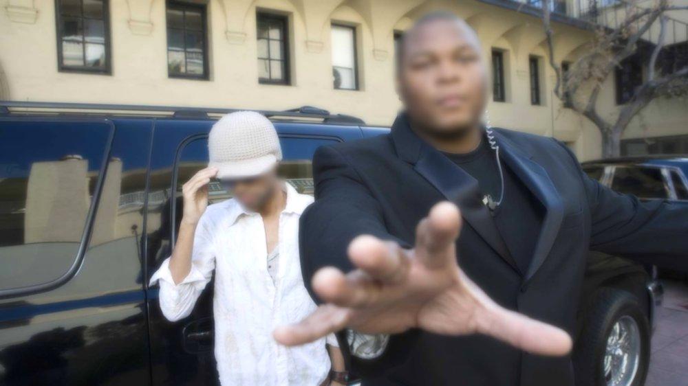 bodyguard-car-celebrity.jpg