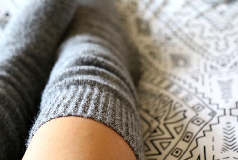 warm fuzzy grey socks H&M