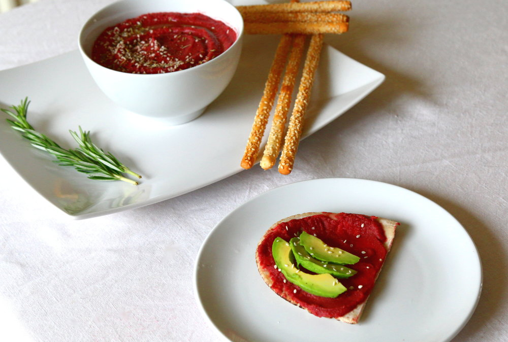 beet hummus and avocado sandwich