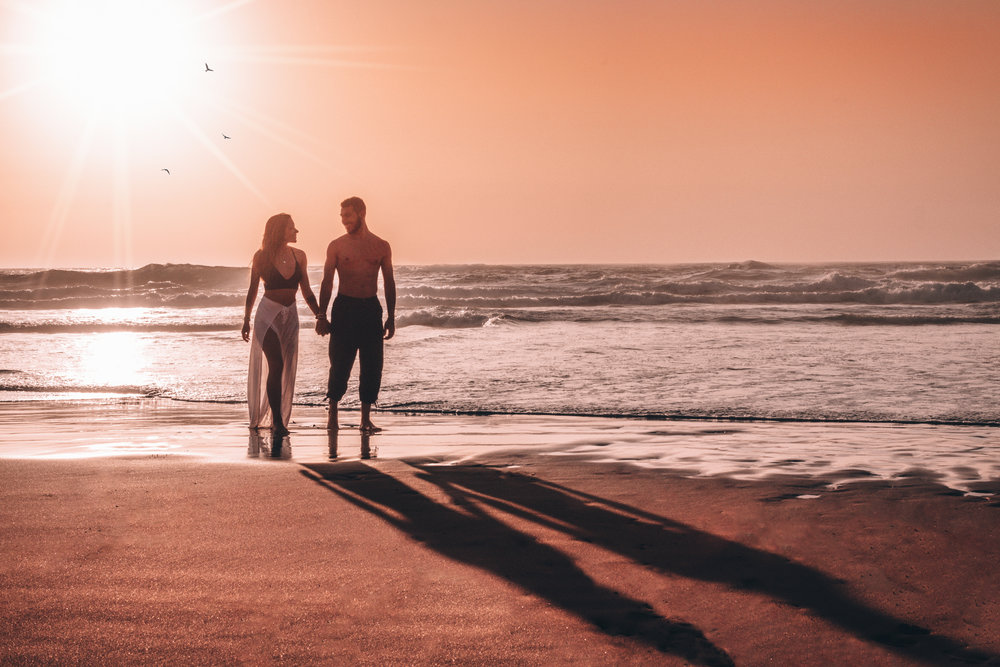 freeoversea travel couple from portugal exploring the world beach sunset photography blog