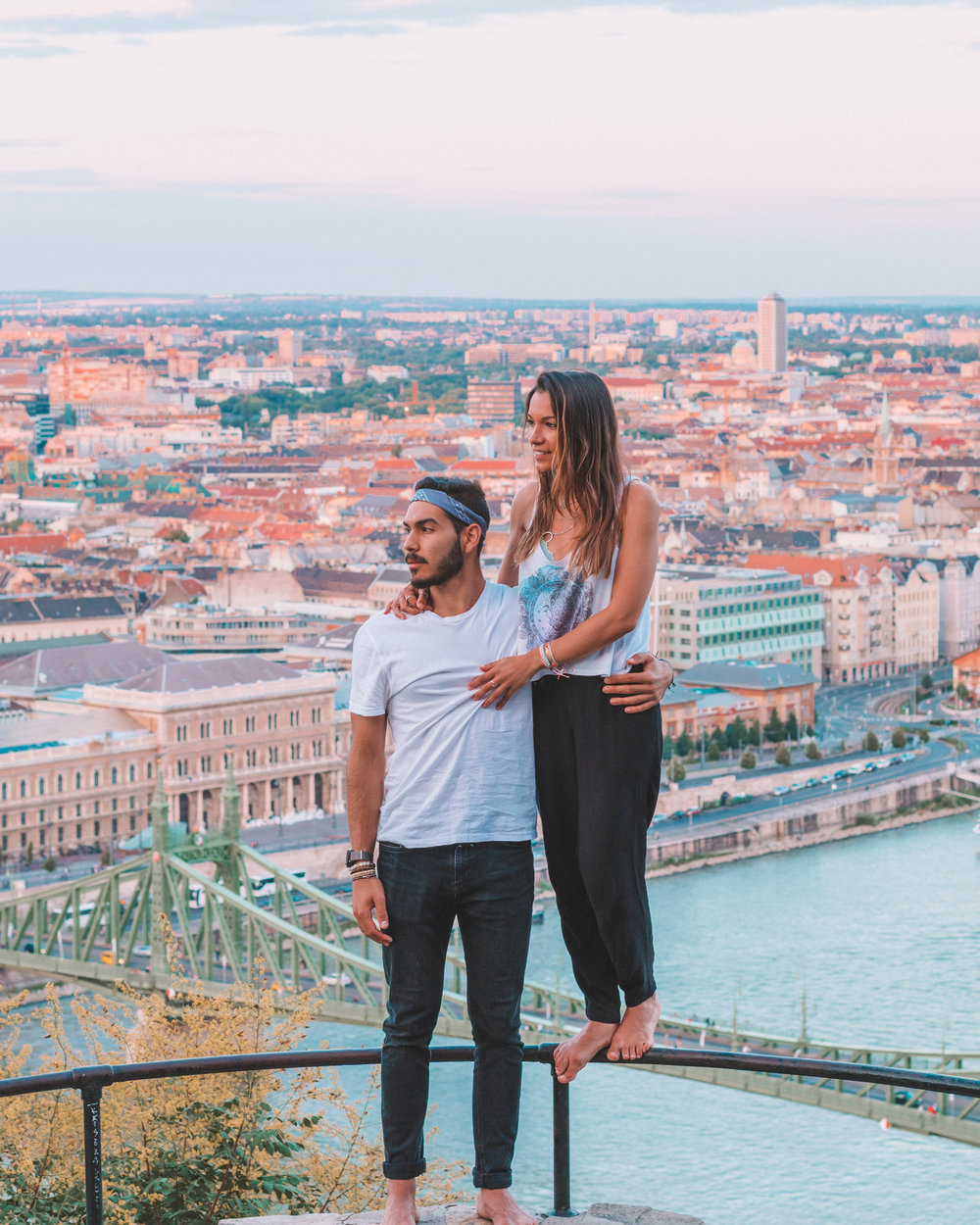 best sunset view citadella budapest beautiful photos lightroom photoshop travel couple freeoversea interrail europe