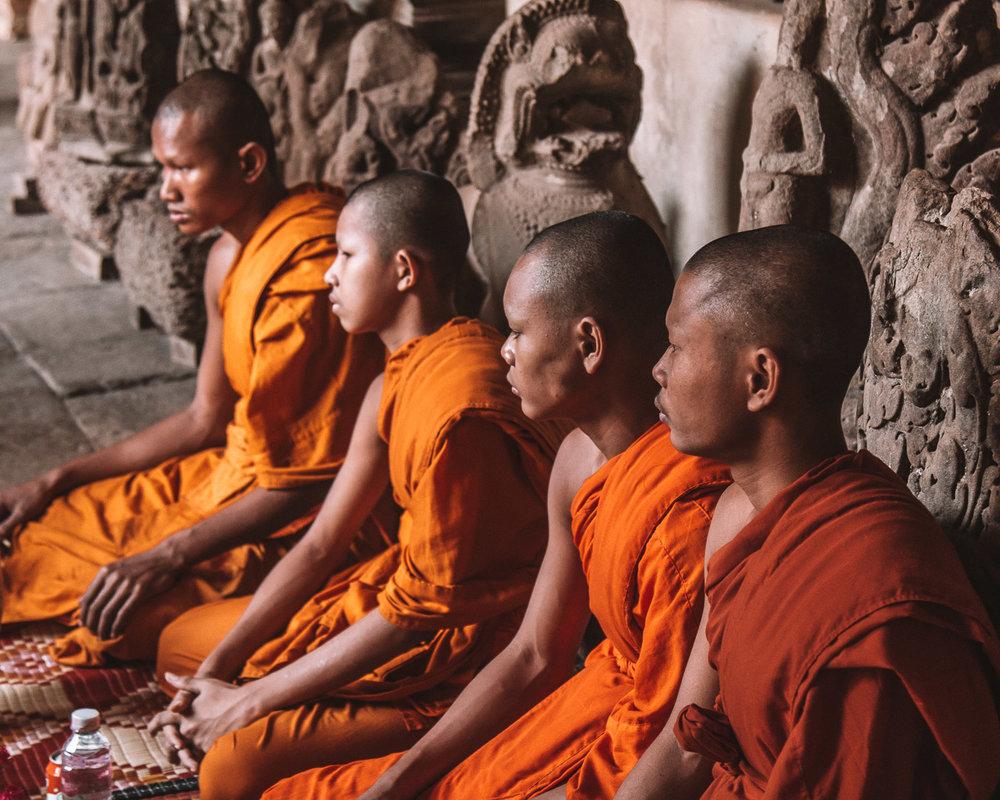 Buddhists raising money