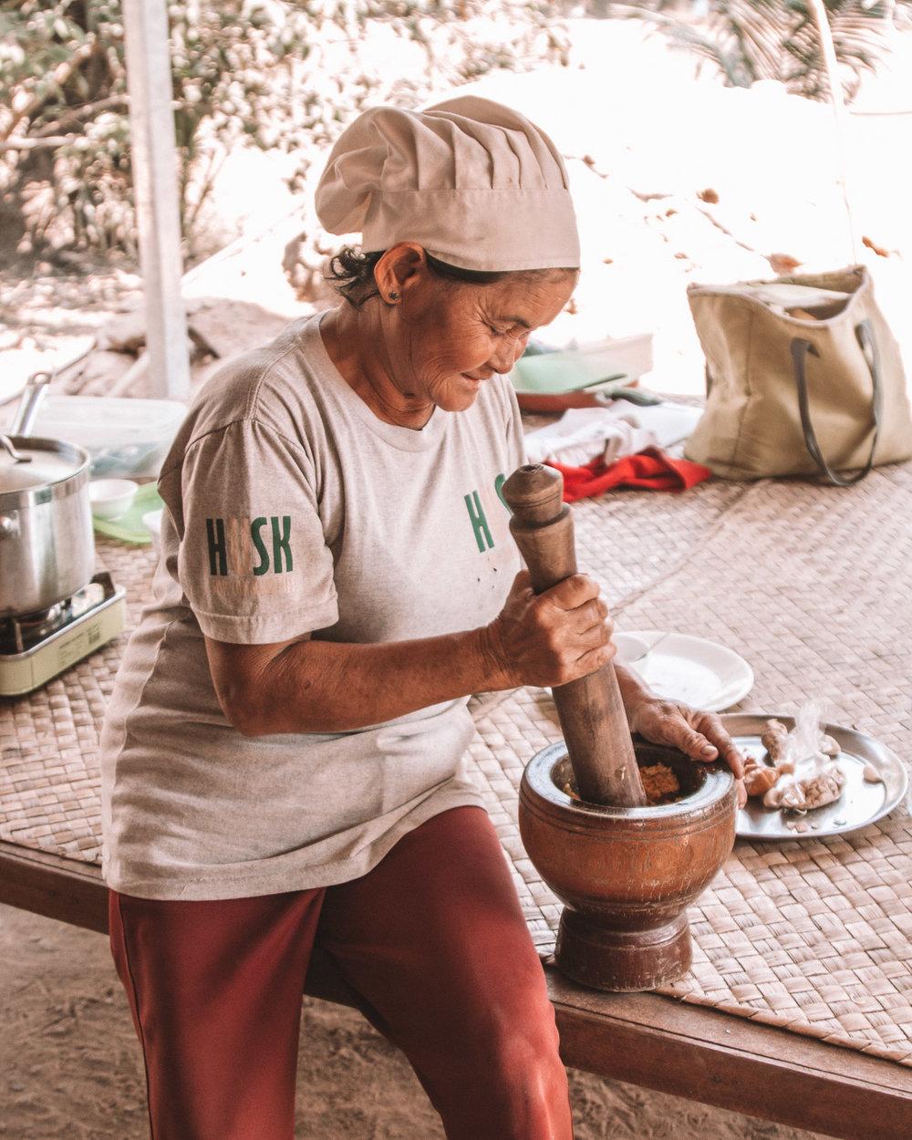 cooking food siem reap husk