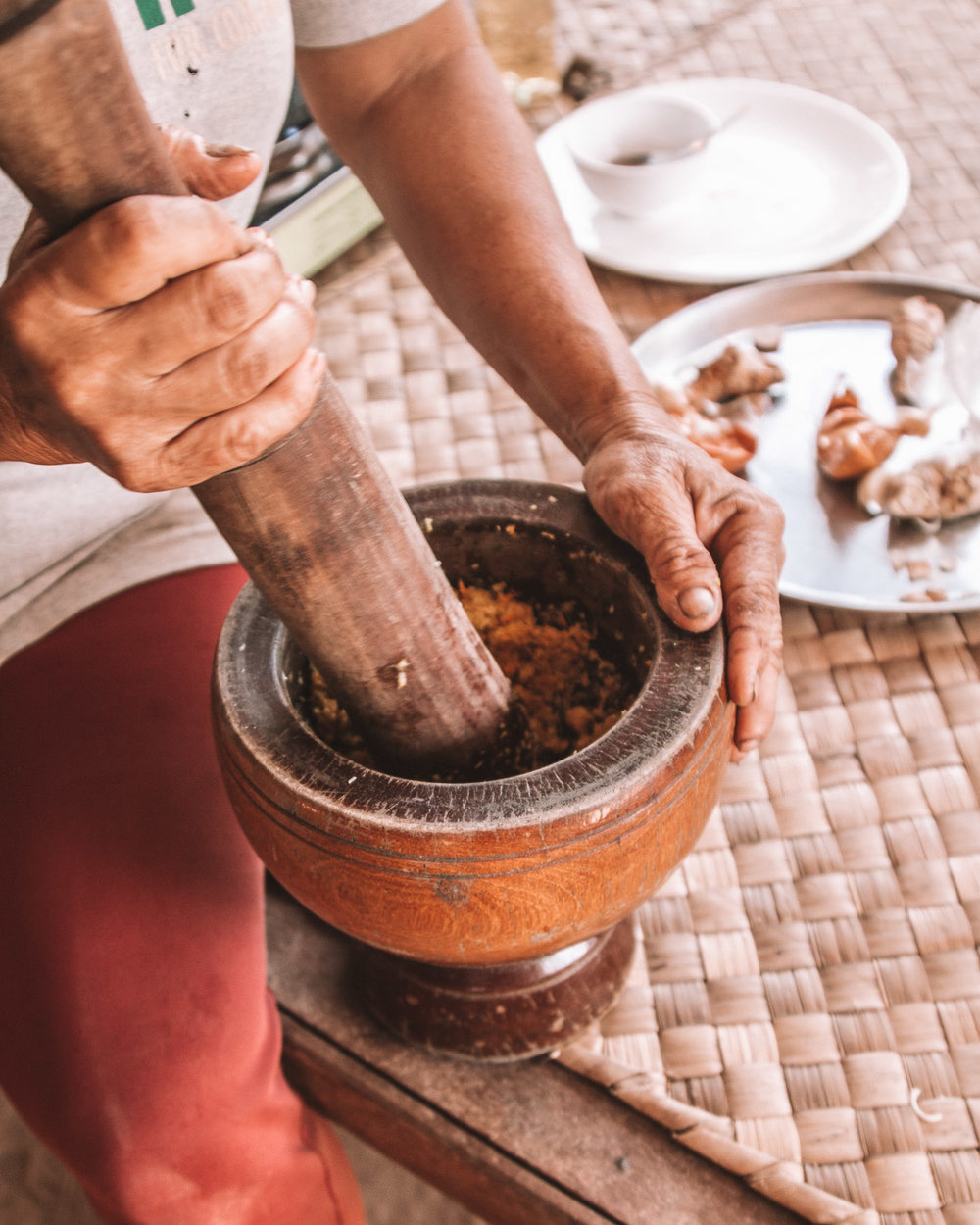 traditional food cooking cambodia