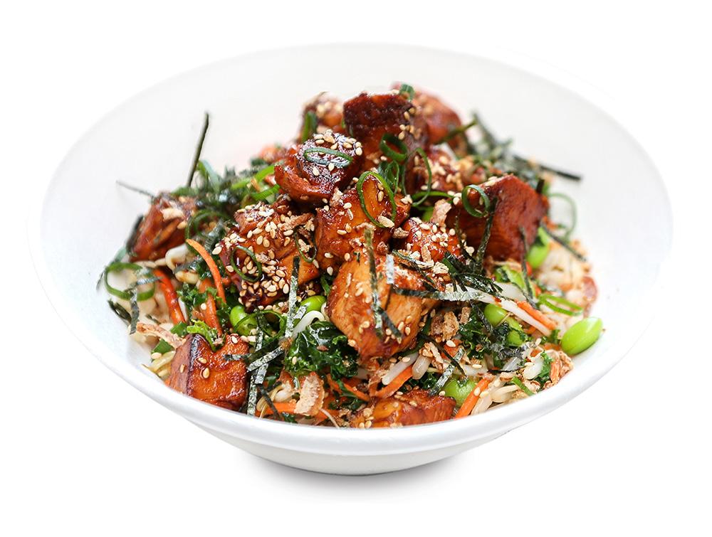 HOT TERIYAKI CHICKEN   nudefish teriyaki, saute bean sprouts, shredded kale, carrot, edamame, crispy onions