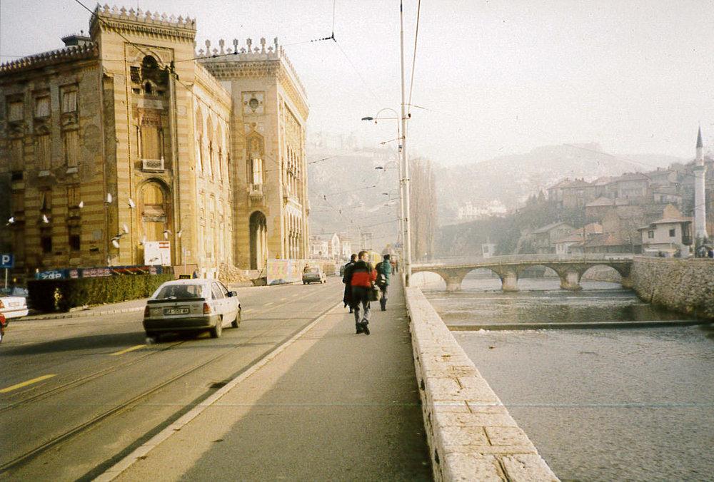 Sarajevo_LibraryExt.jpg