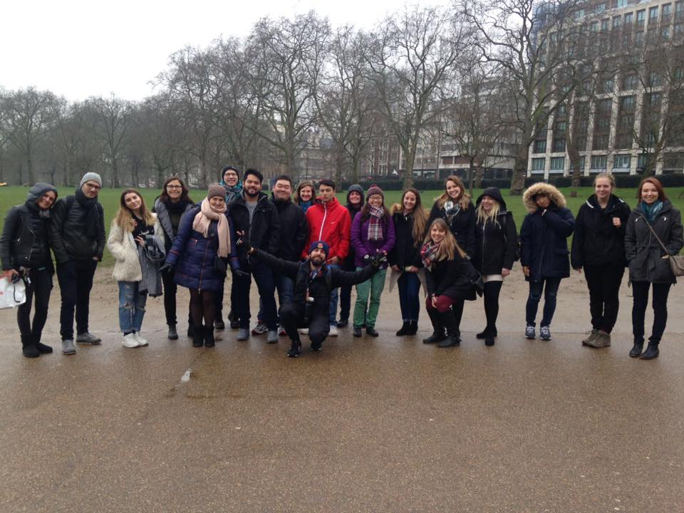 tour-with-guide-in-london-free.jpg