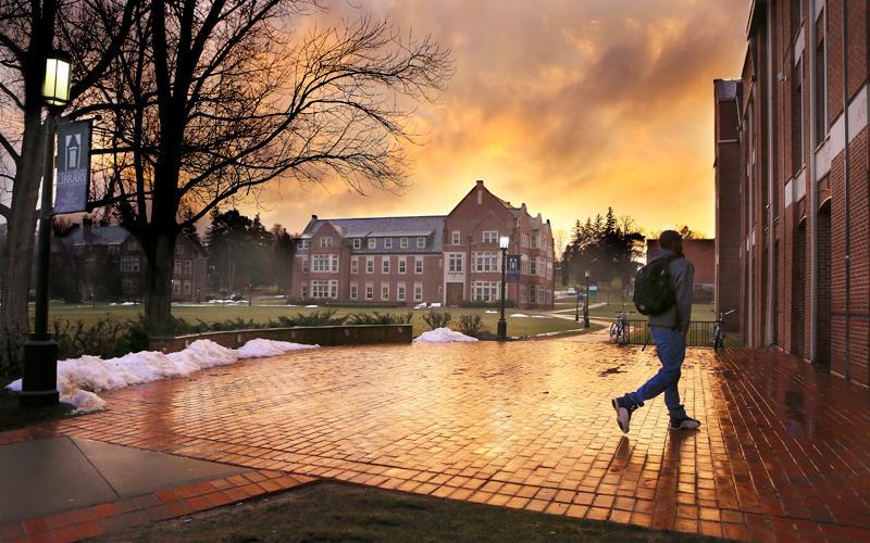 campus_stern.jpg
