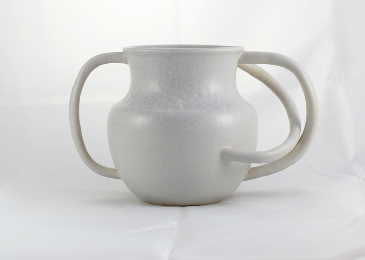 3-handled vessel