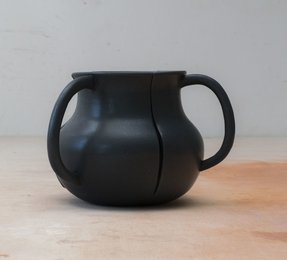 3- handled vessel