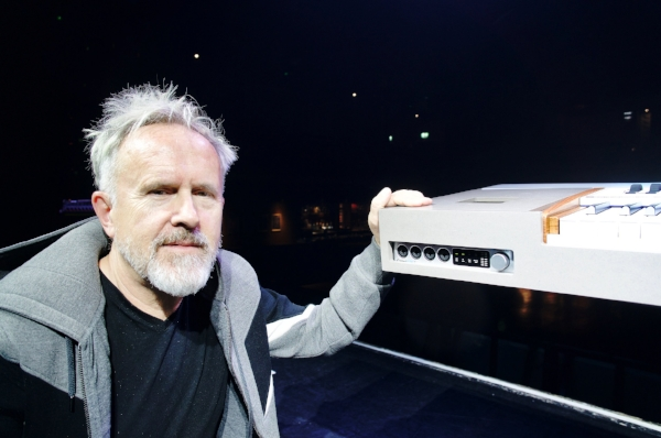 Howard Jones, showing the iConnectAUDIO4+ which forms part of his custom stage rig.
