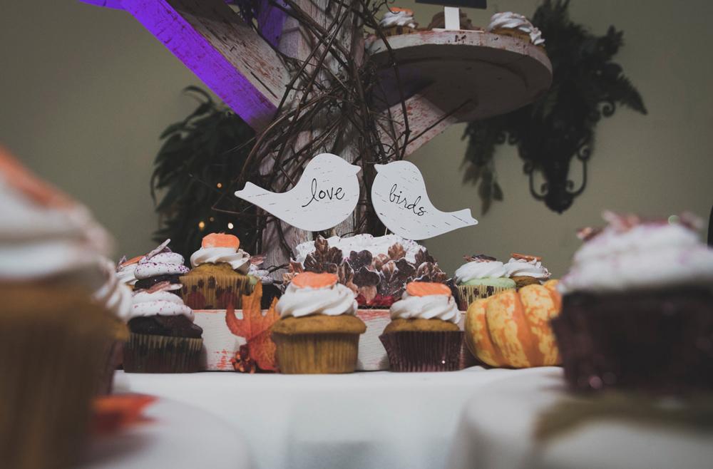 HMWedding-BrideCake-04.jpg