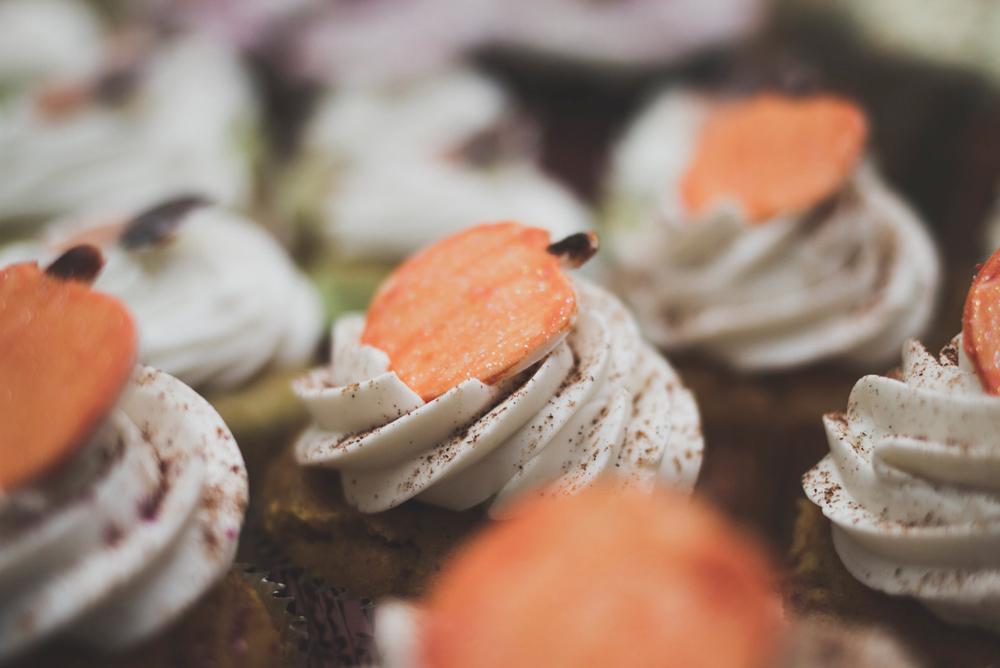 HMWedding-cupcakes-02.jpg