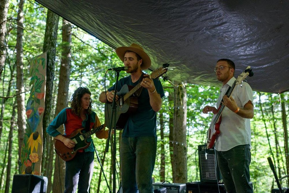 The Empty Bottles - Upstate New York, boot stomping, back road, country music. Hailing from Hudson, NY, these boys are back for another at Limb Snapping and are ready to get down.