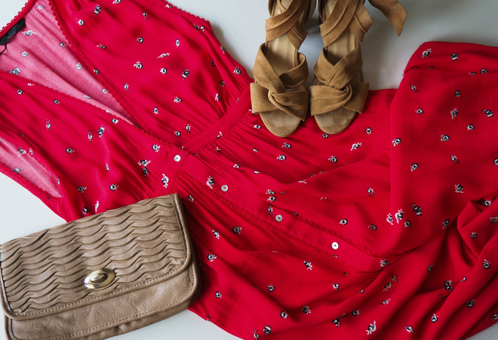 Knot Sisters Dress  |  Raye Myra Heel | Clutch ( similar )
