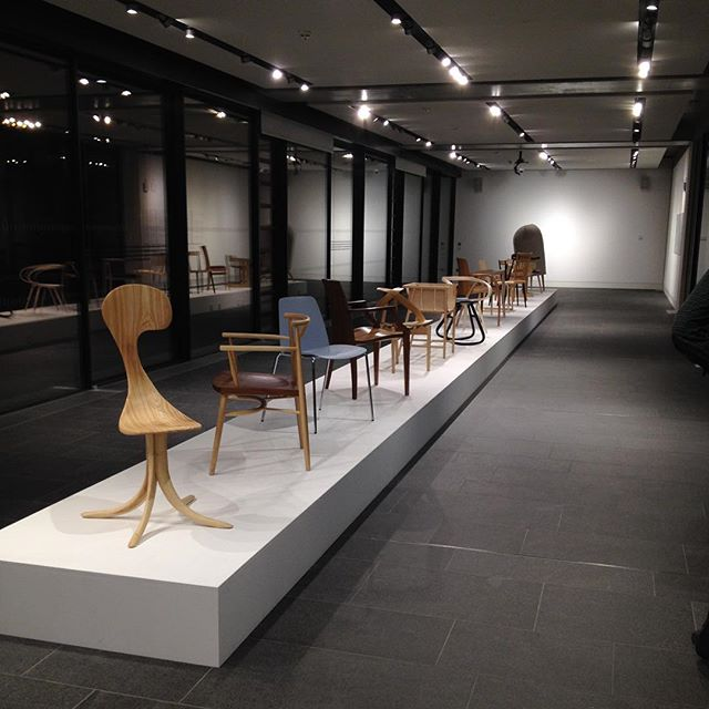 We had a brill evening a week ago at @rycotewood_furniture 'Thinking Through Making' preview. We were over the moon to both have our chairs exhibited amongst such a diverse selection by Rycotewood alumni. Catch the cat walk until Dec 1 in the @glass.tank. #thinkingthroughmaking #rycotewood80