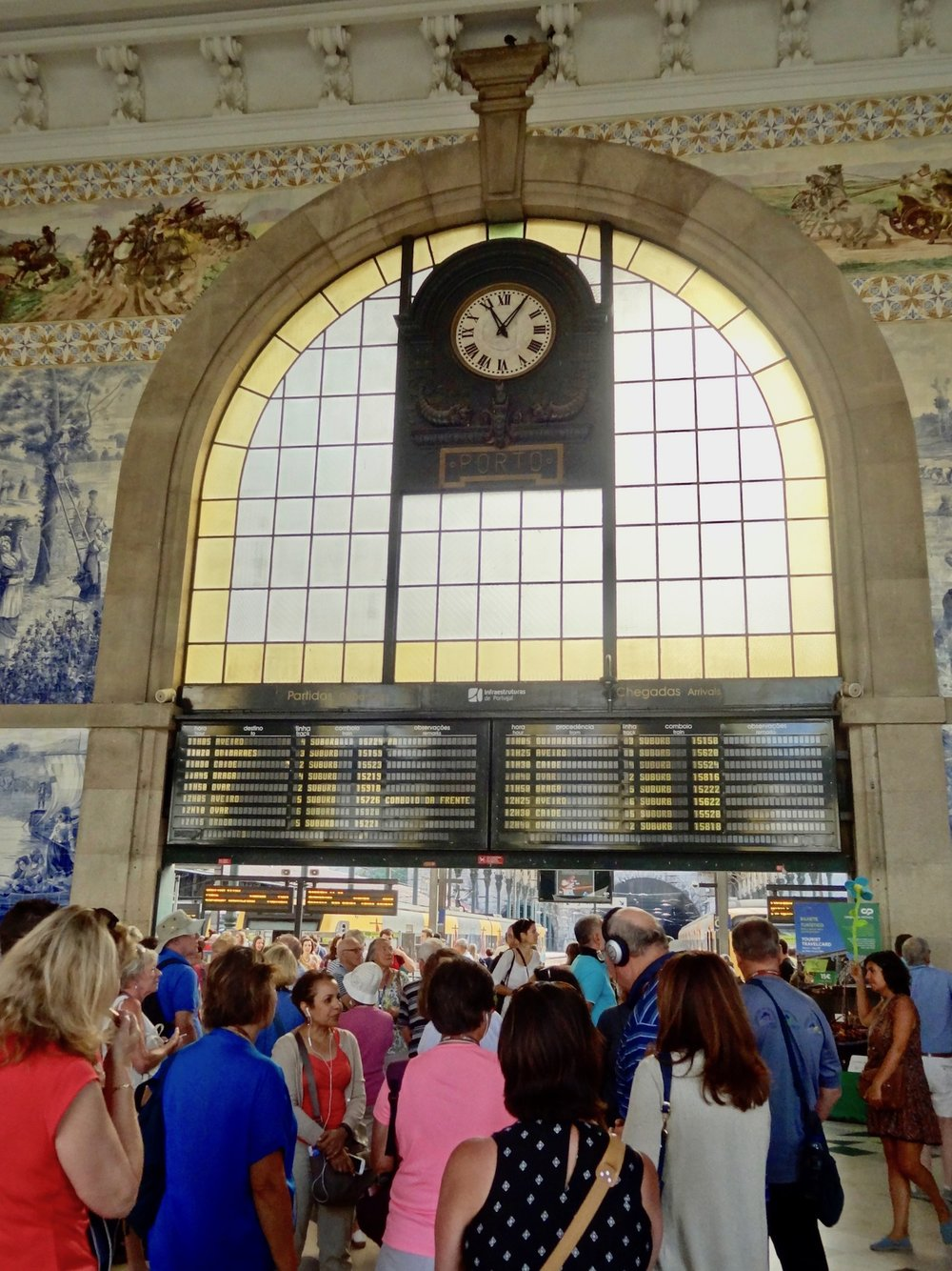 learning about porto's train station