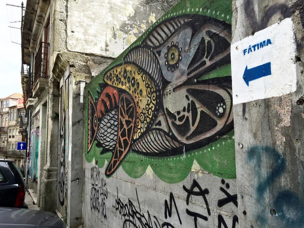 graffiti-allroadstofatima.jpg
