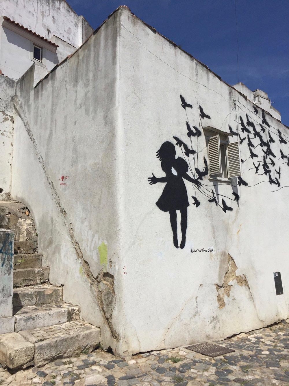 graffiti-girlbutterflies.jpg