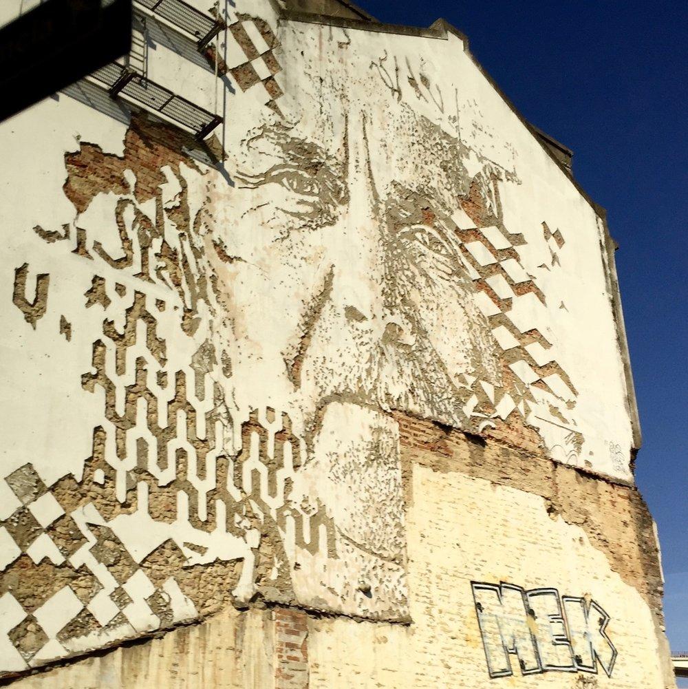 graffiti-lisbon-cut-in.jpg