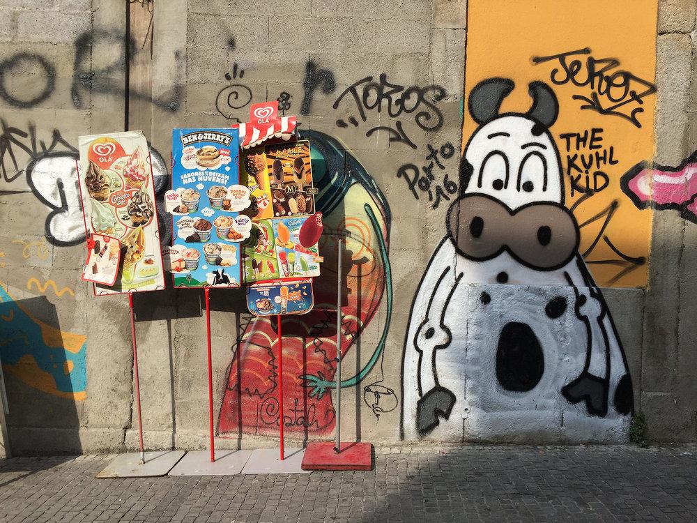 graffiti-porto-cartoonanimals.jpg