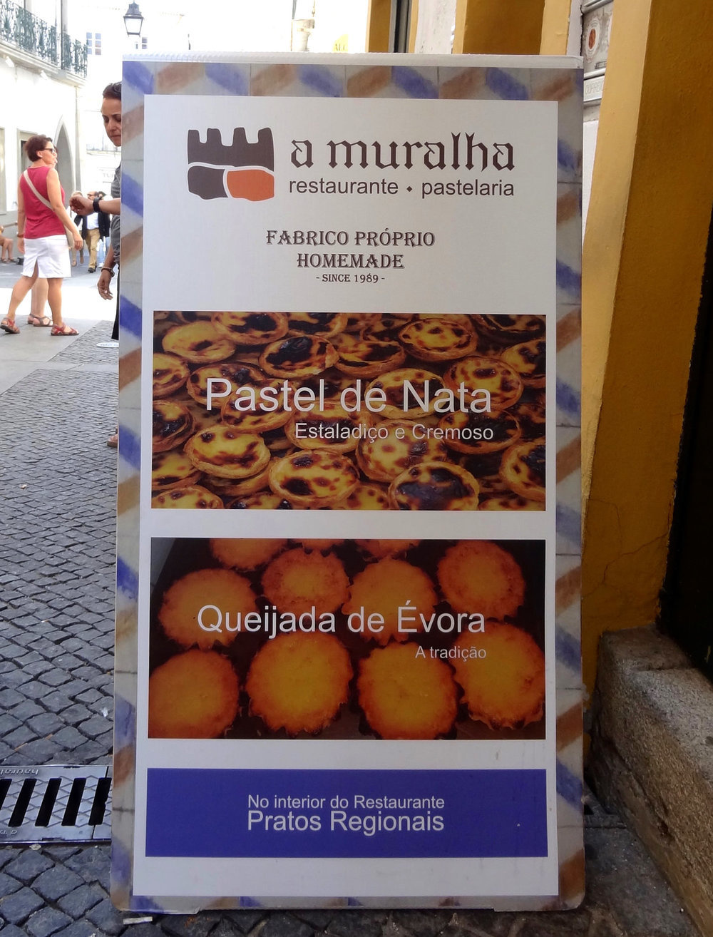 food-evora-sign.jpg