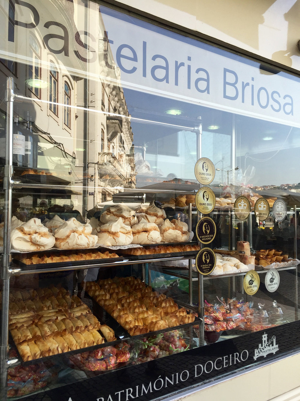 food-coimbrabakerywindow.jpg