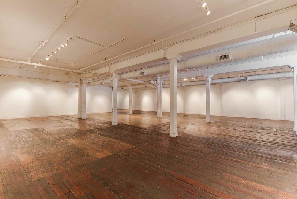 Wide Gallery Facing Project Room Hallway.jpeg