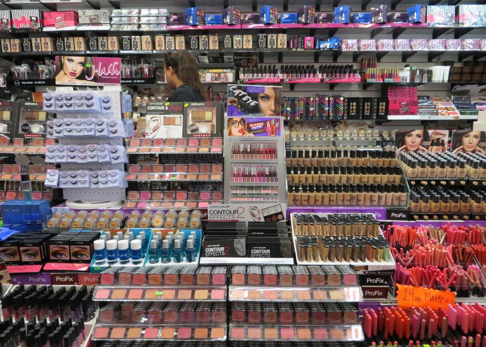 santee-alley-hormiguitas-makeup-shopping-blushes.jpg