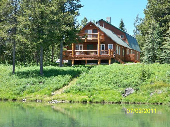 cabin-from-river_smaller.jpg