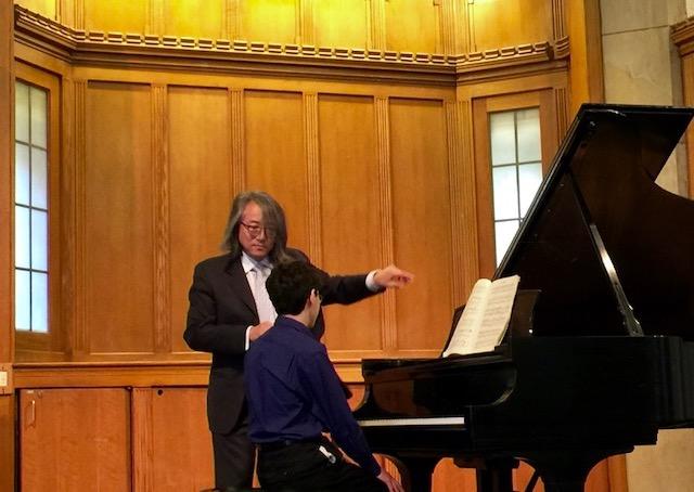 Pianist Hung-Kuan Chen teaching Maxim Lando