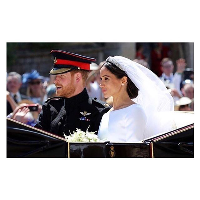 A real life fairytale ♥️ . . . #royalwedding #meghanmarkle #princeharry