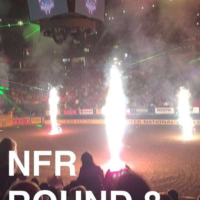 Round eight. Going down. #nationalfinalsrodeo #wranglerjeans #cactusropes