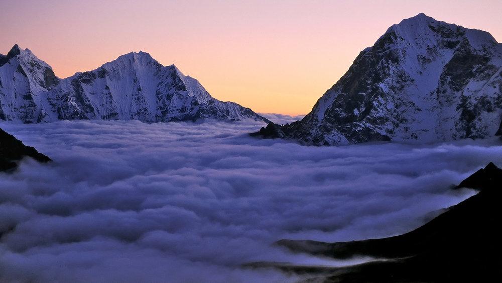 Khumbu Fog