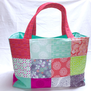 This Chubby Charmer purse is designed on the same principle as a charm quilt.